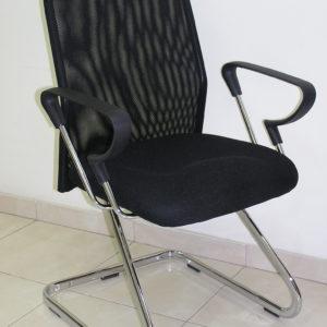 כסא דגם שיר