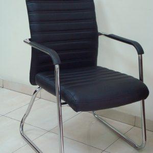 כסא דגם גיל