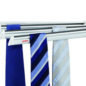 מתקן לתליית עד כ-30 עניבות